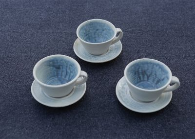 stoneware-ceramics-australia-david-collins-tableware-cups-saucers